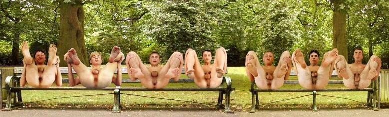 фото мир голых парней